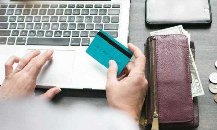 Thủ đoạn dìm và nâng hàng trong thương mại điện tử